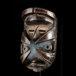Oubi Bete Warrior mask