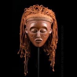 Mwana Pwo mask Chokwe -...