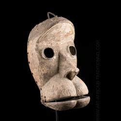 Dan Mano mask