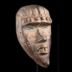 Gela Dan Bassa mask