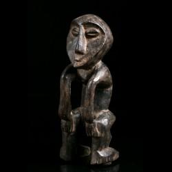 Iginga Kakulu figure Lega -...