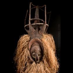 Yaka Ndeemba Kholuka mask -...