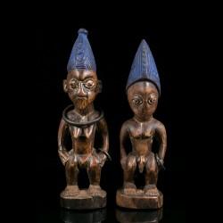 Statues de jumeaux Ere...