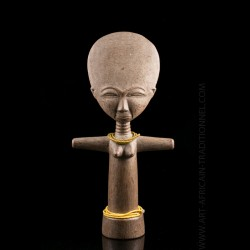 Akuaba Ashanti fertility doll