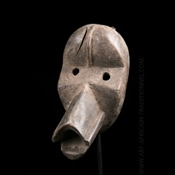 Masque anthropo-zoomorphe...