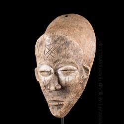 Masque de belle femme Chokwe