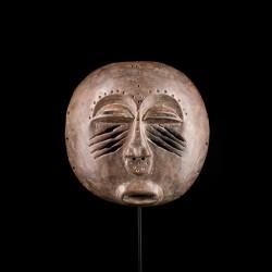 Yela Ekanga mask