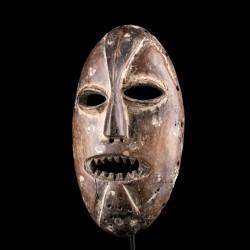 Ndaaka mask