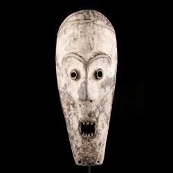 Masque Lengola
