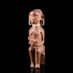 Kamba maternity figure -...