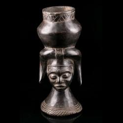 Kuba cephalomorphic cup