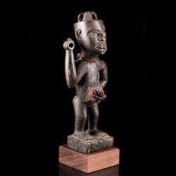 Kongo Nkishi figure