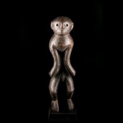 Statue Komtin Montol
