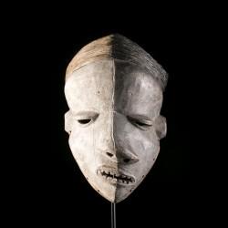 Masque Pende Mbuya Mbangu