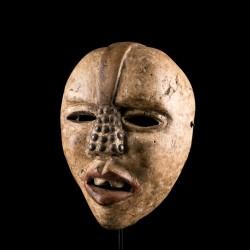 Kongo Woyo Ndunga mask