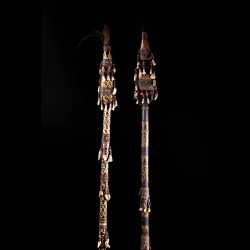Paire de lances africaines...