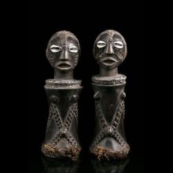 Pair of Mpundu dolls -...