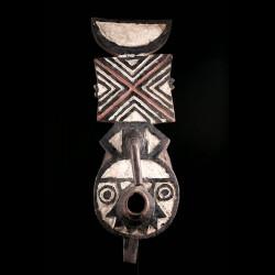 Masque africain totémique...