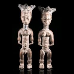 Couple of figures - Attie -...