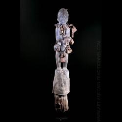 Statue-poteau fétiche Bocio...