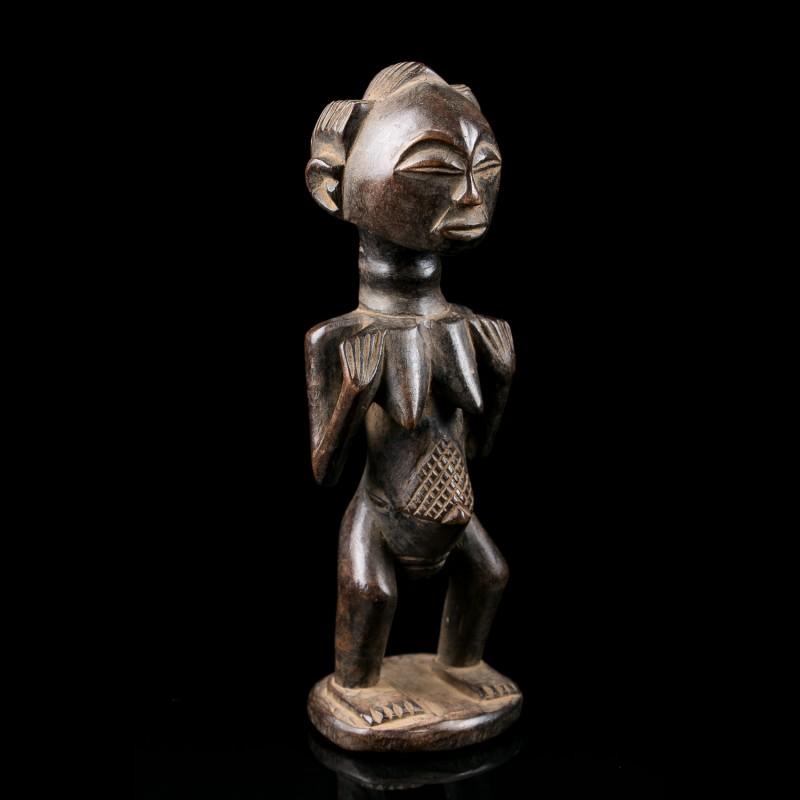 Tiny female figure - Luba - Congo