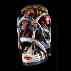 Masque du culte Gelede...