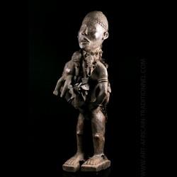 Statue Nkisi Nkondi Kongo Galerie Art Africain