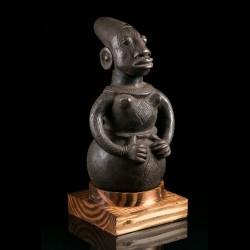 Terracotta figurative jar - Mangbetu - Congo
